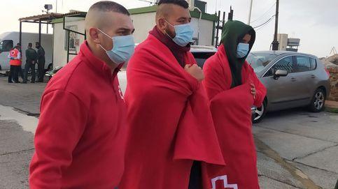 Más de 130 migrantes entran en Ceuta a nado cuando Marruecos se enfada con España