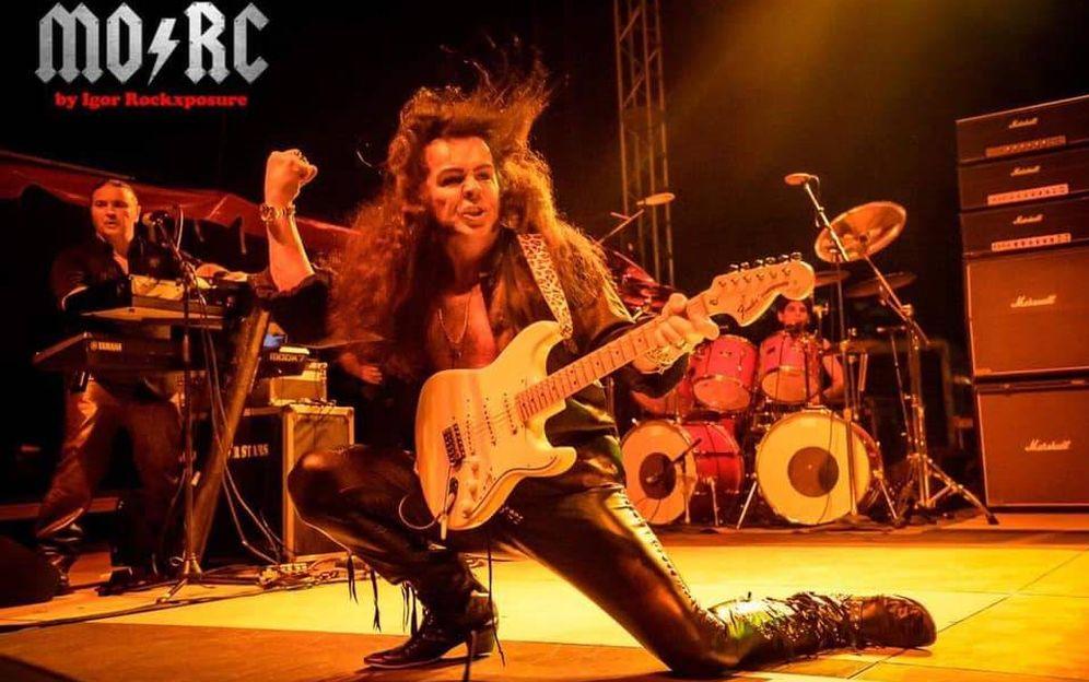Foto: Ynwie Malmsteen, y sus músicos, en su actuación del 22 de febrero en Miami. (Foto: Facebook de Monster of Rock Cruise)