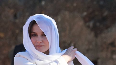 La Reina celebra San Valentín en Rabat con el famoso Armani que lució en su pedida