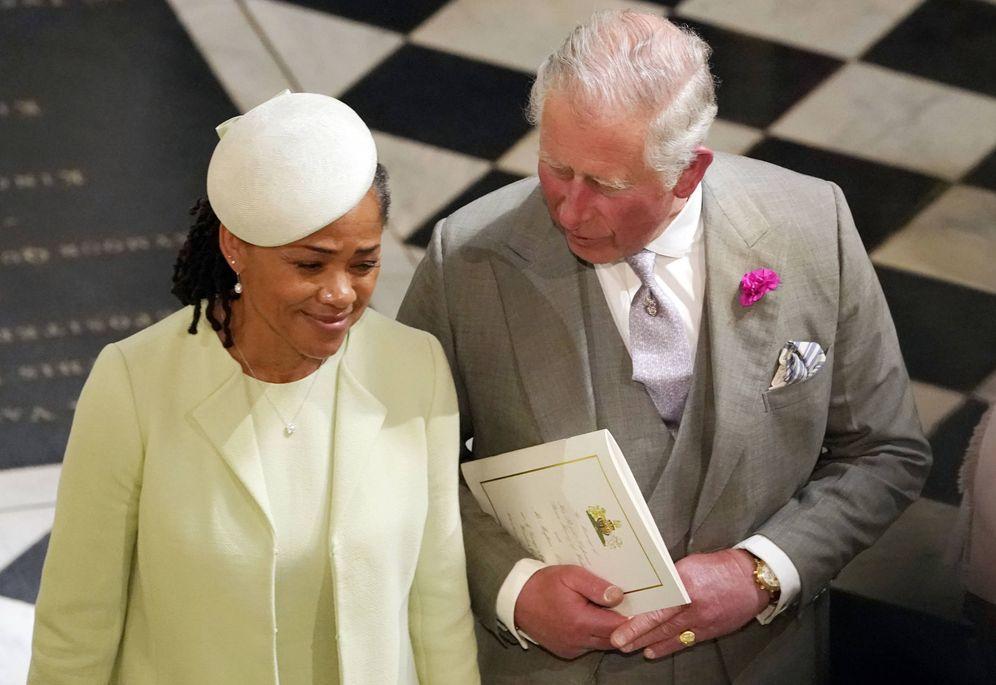 Foto: Doria Ragland y el príncipe Carlos. (Getty)