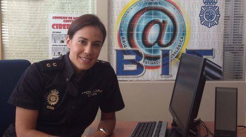 Así es la policía que 'vigila' internet: La gente cree que todo vale en las redes sociales