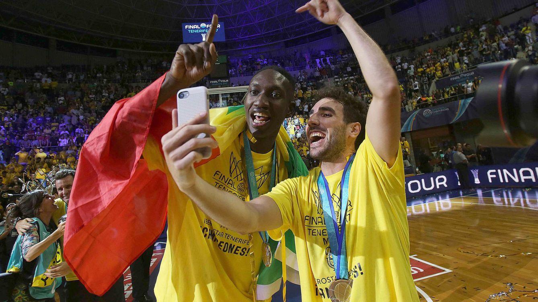 El Iberostar Tenerife convierte en realidad el sueño de ganar la Champions League