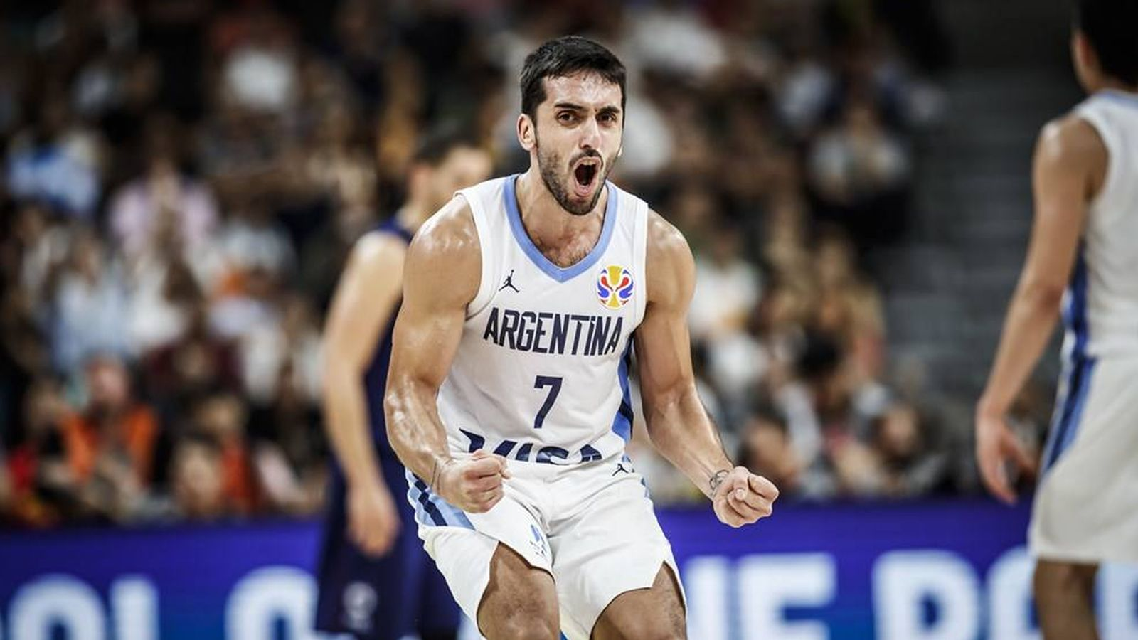 Foto: Campazzo celebrando una canasta de los suyos. (Foto: FIBA)