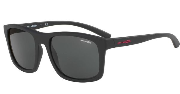 4c238892b5 Moda hombre: De Carolina Herrera y Loewe a Tous: gafas de sol para el verano
