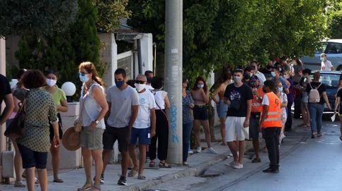 Grecia veta restaurantes y centros de ocio a personas no vacunadas