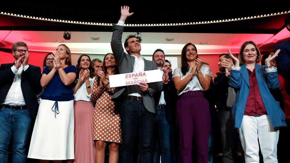 Foto: El líder de Ciudadanos, Albert Rivera, al finalizar su mitin. (EFE)