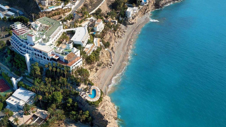 Viajes en espa a los hoteles con vistas al mar m s for Hoteles en portonovo con piscina