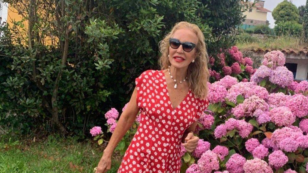 Foto: El look perfecto de Carmen Lomana con vestido de Mango Outlet. (Instagram)