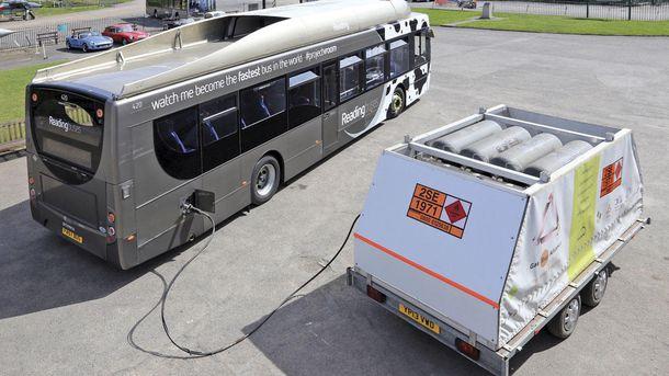 Foto: Este autobús funciona con heces (y acaba de batir un récord de velocidad)