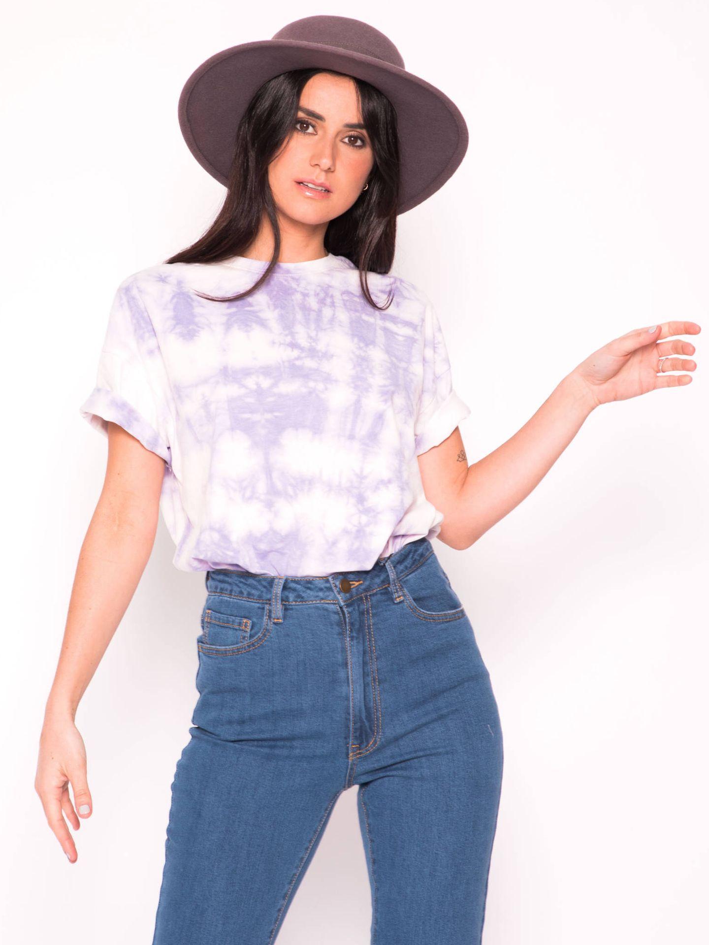 La camiseta que lleva Sara Carbonero se vende en Slow Love. (Cortesía)