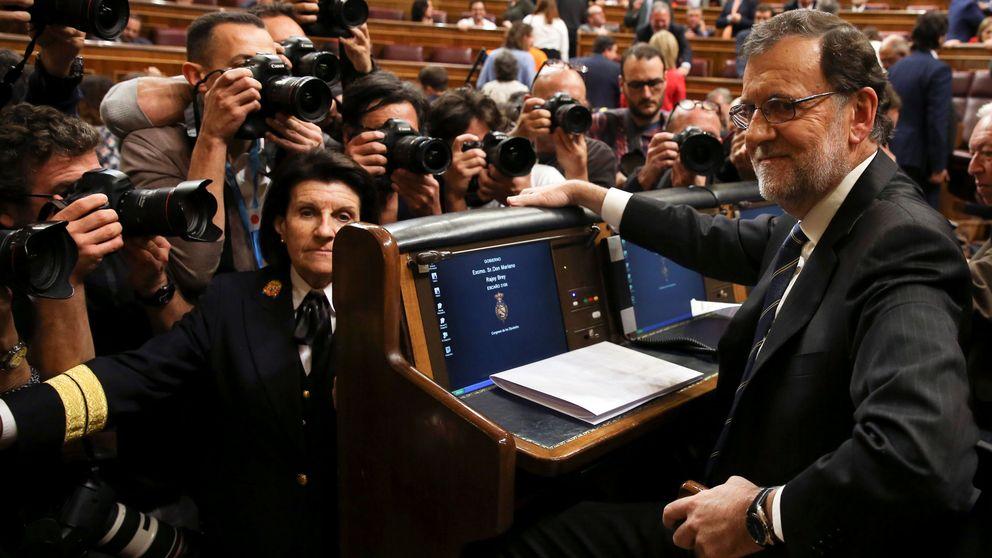 Rajoy admite que debe buscar mayorías cada día y ofrece negociar también a Cataluña