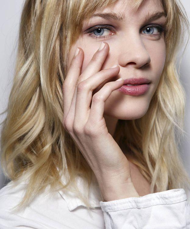 Foto: ¿Qué son las milky nails? Así se usa el blanco ahora. (Imaxtree)