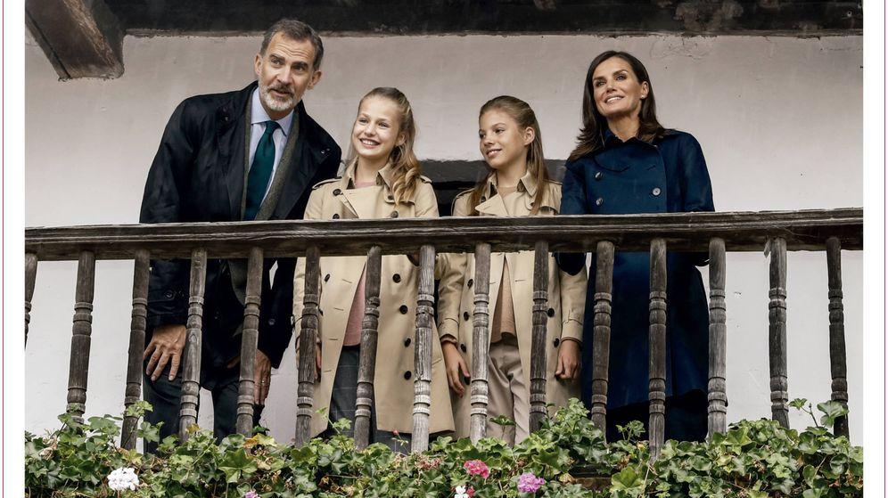Foto: Los Reyes y sus hijas en Asiegu. (Casa Real)