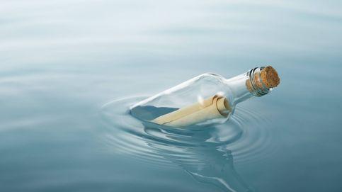 Descubren un mensaje en una botella que llevaba flotando 30 años