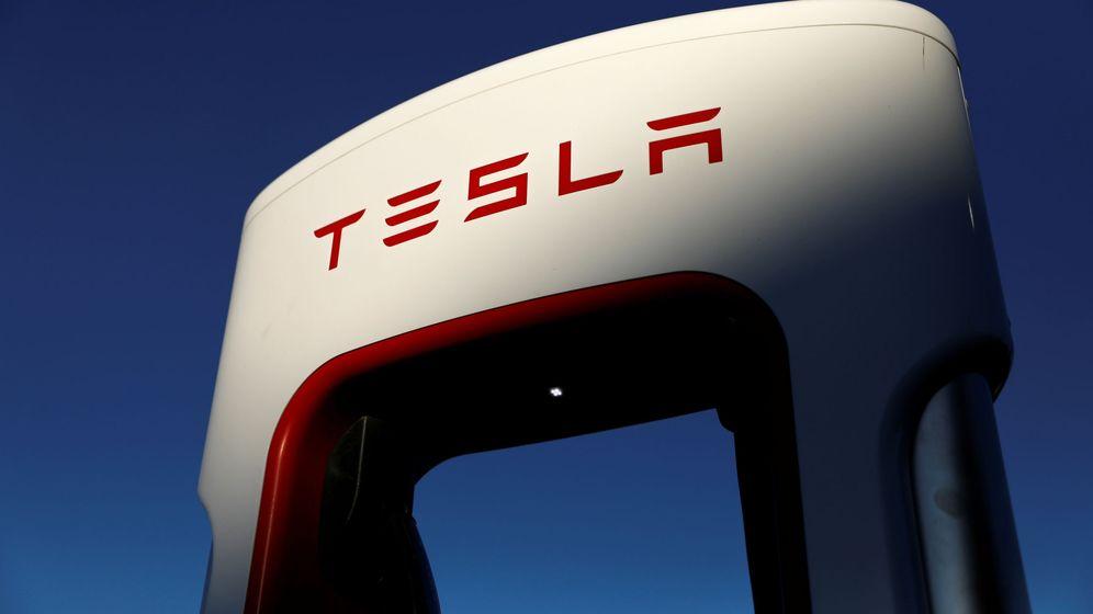 Foto: Uno de los supercargadores de Tesla. (Reuters)