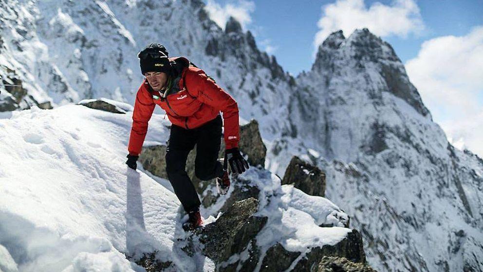 Kilian Jornet corona el Everest de nuevo  esta semana y rebaja su marca