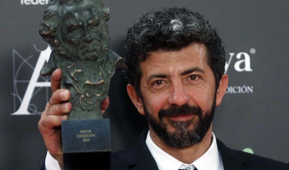 Foto: Alberto Rodríguez posa con su premio Goya (Reuters)