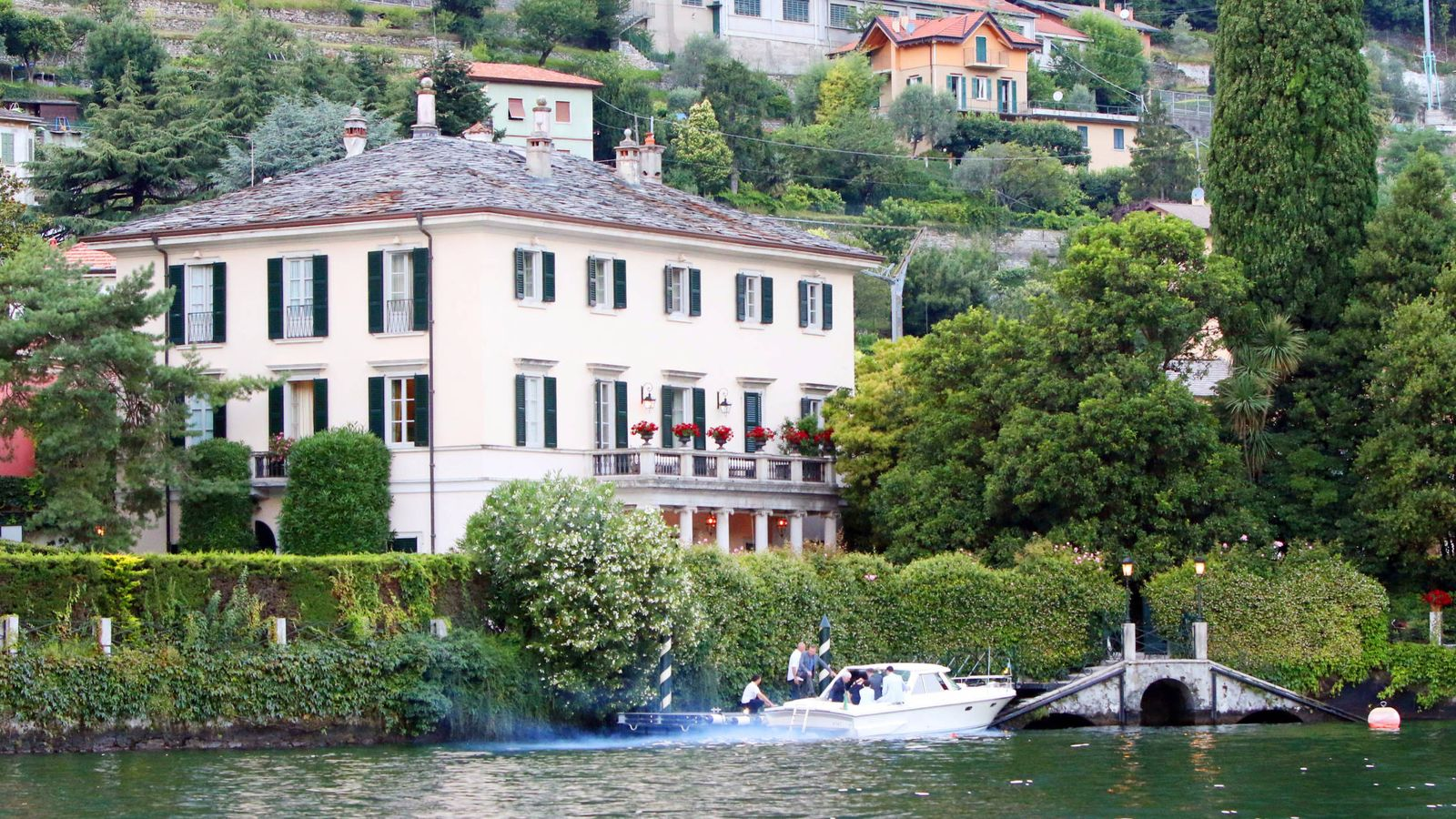 Villa Oleandra La Fabulosa Casa De Los Clooney Donde Se Esconden Meghan Y Harry
