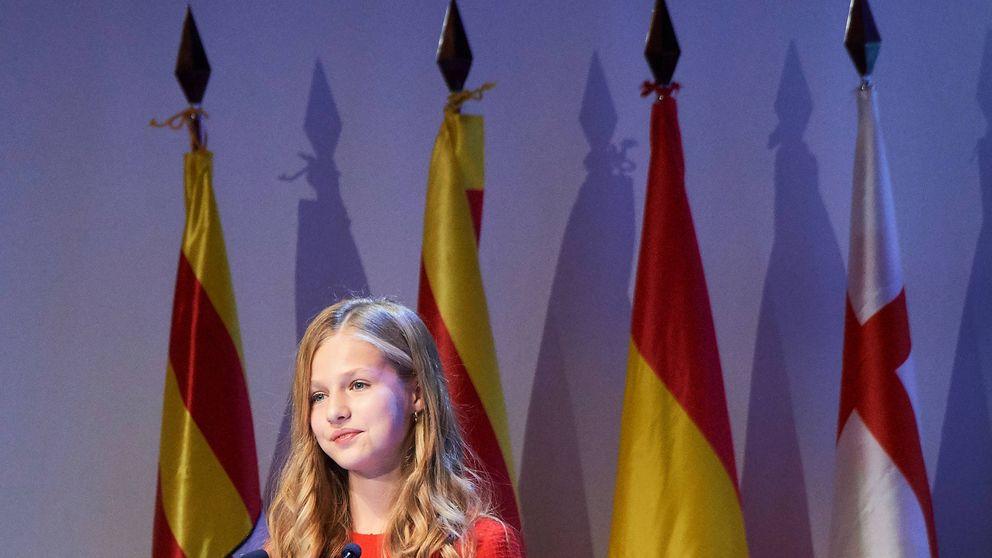 Aplauso internacional a Leonor: valiente, elegante y 'princesa Disney'