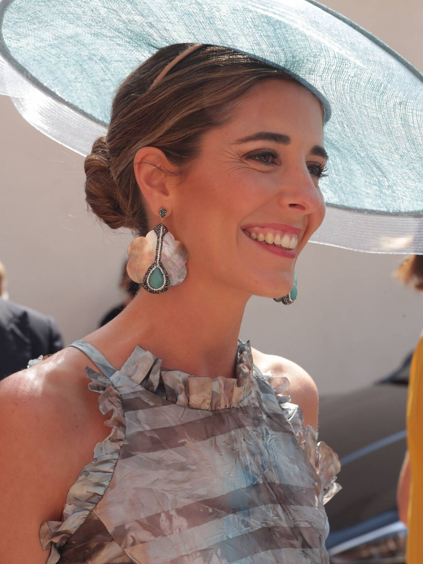 Belén Corsini con su look en la boda de su hermana María. (Gtres)