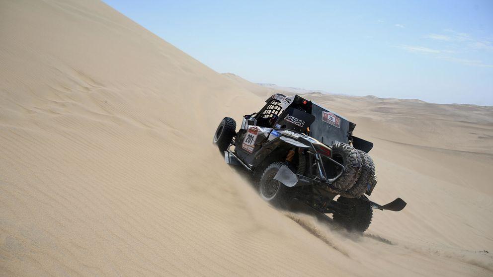 El increíble Rally Dakar: Reinaldo Varela se inventa un volante para finalizar la etapa