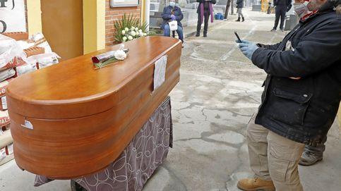 La OMS recomienda considerar a las víctimas sospechosas como muertos por covid-19