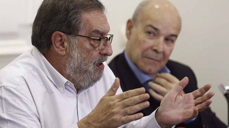 Foto: González Macho explica los motivos de su dimisión como Presidente de la Academia (EFE)