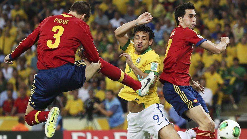 El penúltimo pellizco de Piqué calienta un poco más las tripas de la Selección