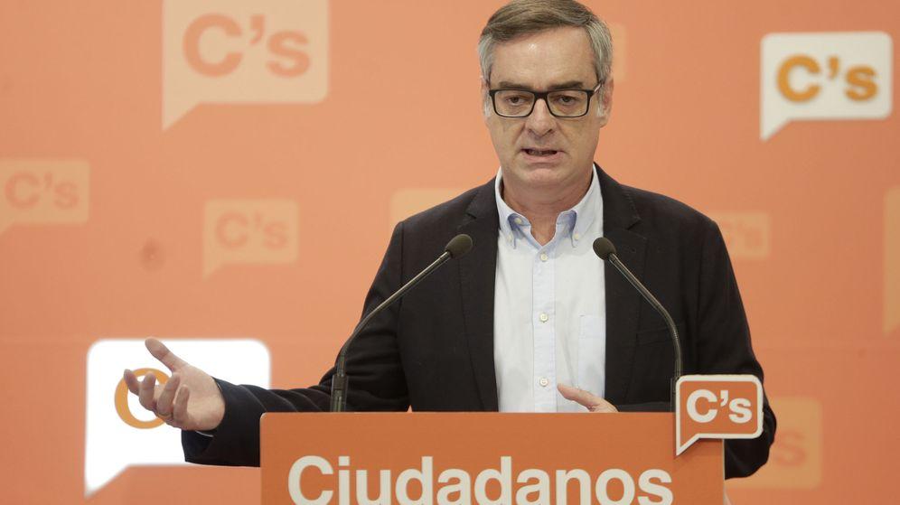 Foto: Villegas deja la puerta abierta a negociar con el Partido Popular en Galicia (EFE)