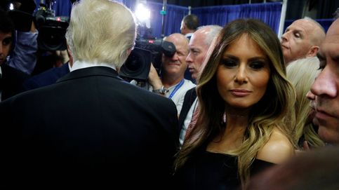Melania Trump dice que su marido fue incitado a hacer comentarios lascivos