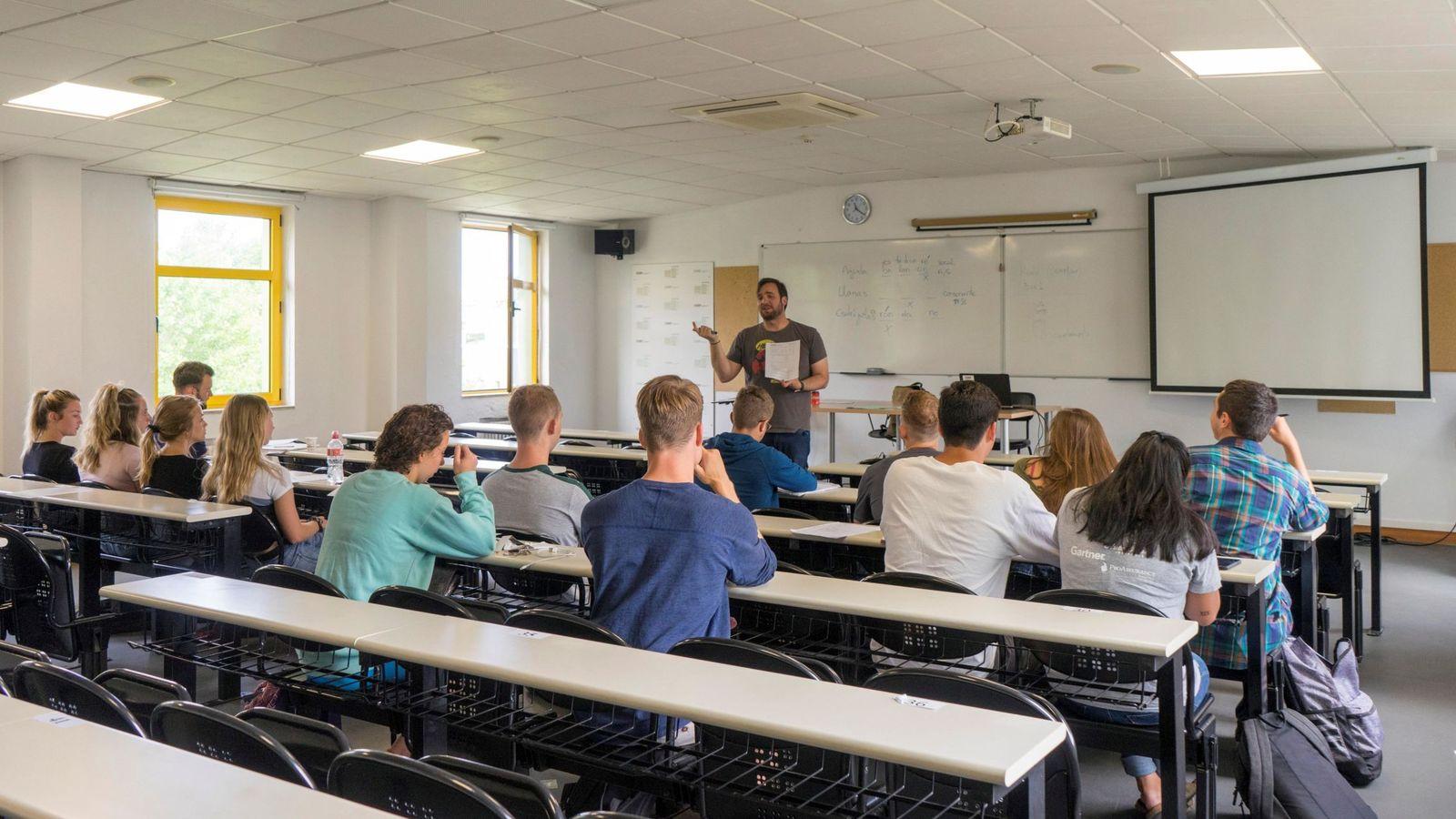 Foto: Un aula de la Universidad Internacional Menéndez Pelayo. (EFE)