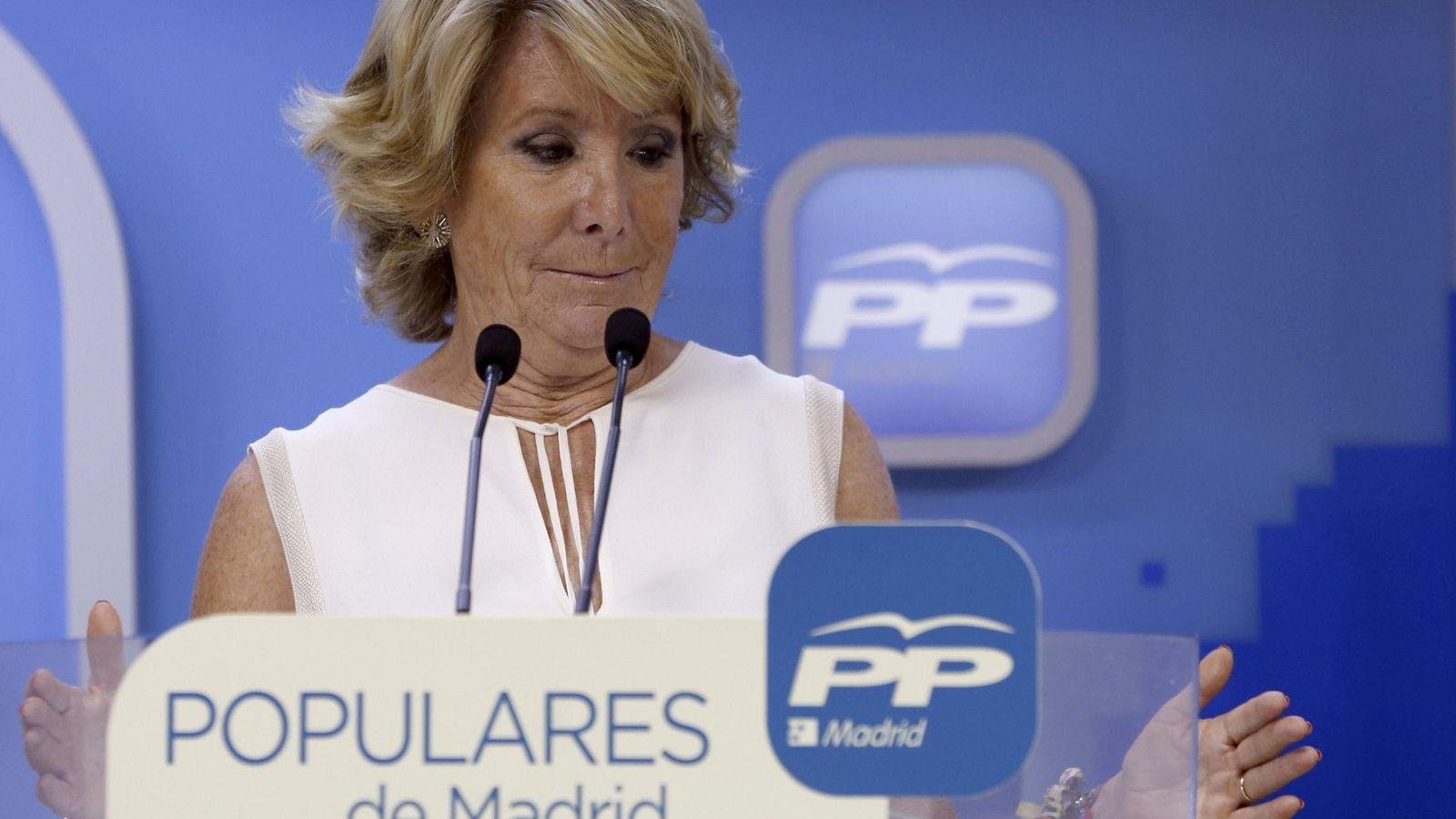 Foto: La presidenta del PP de Madrid, Esperanza Aguirre, durante una rueda de prensa. (Efe)