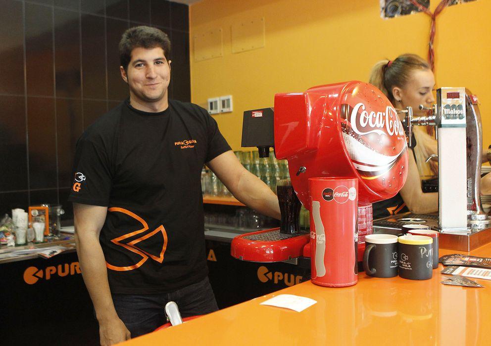 Foto: Julián Contreras en la inauguración de su restaurante Pura Gula (Gtres)