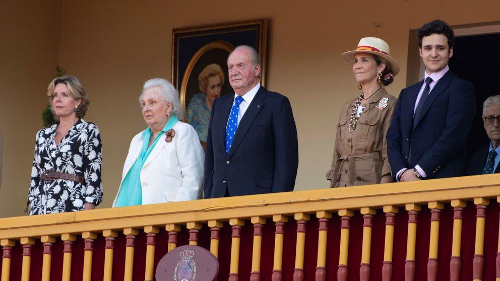 El rey Juan Carlos y la infanta Pilar: cita, noticias médicas y comida privada