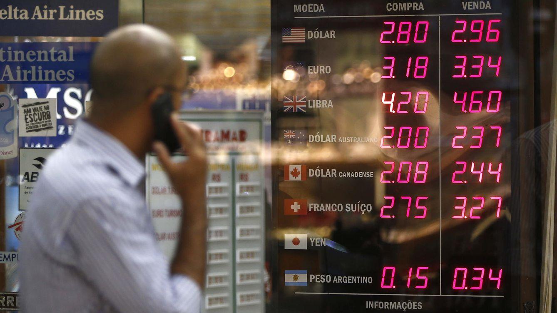 ¿Vacaciones fuera del euro? Cambie de moneda sin que le frían a comisiones