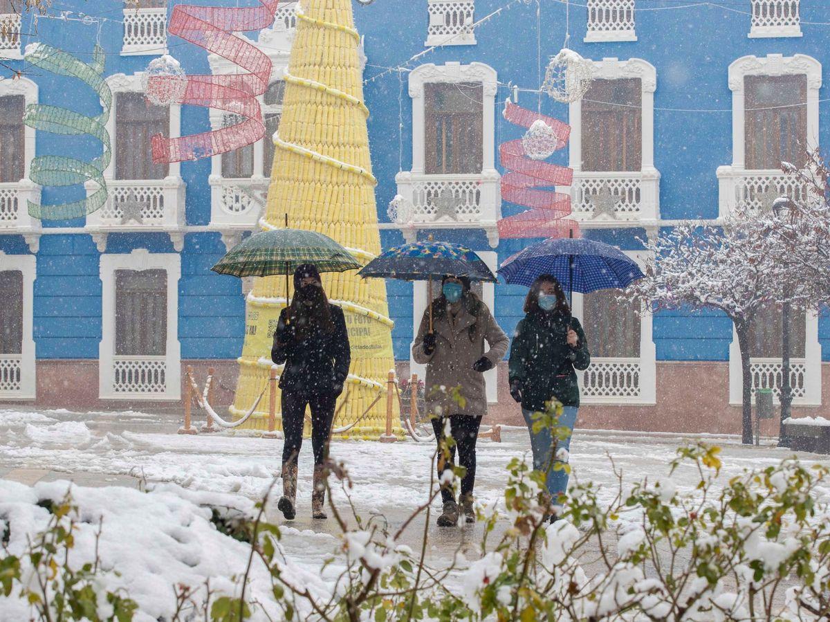 Foto: Durante 14 días, en Murcia no podrá haber reuniones que no sean entre convivientes. Foto: Efe