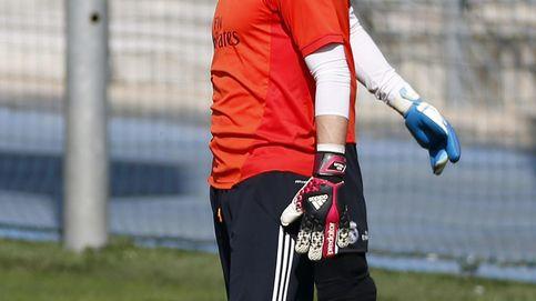 ¿Quién salió mejor del Madrid, Casillas al Oporto o Diego López al Milan?