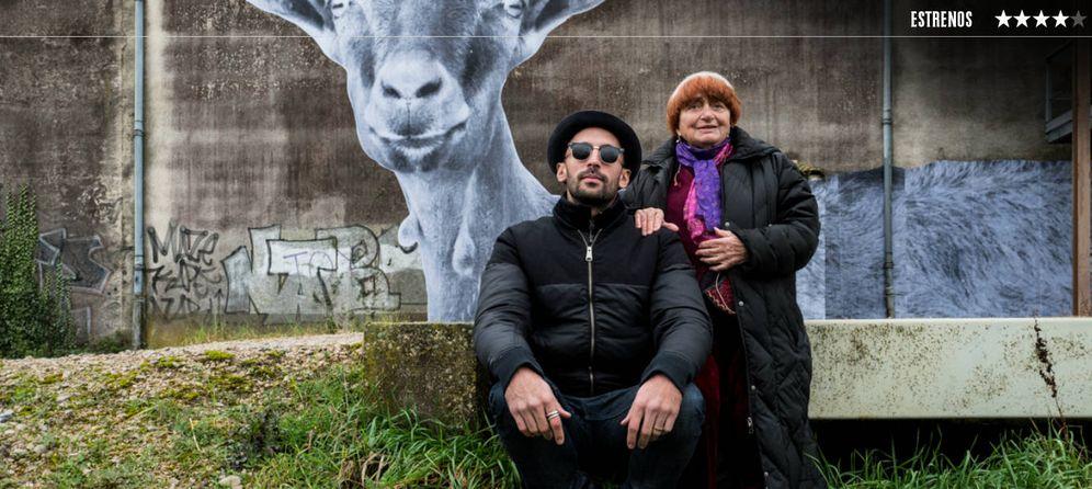 Foto: El fotógrafo JR y la cineasta Agnès Varda, en 'Caras y lugares'. (Sherlock)