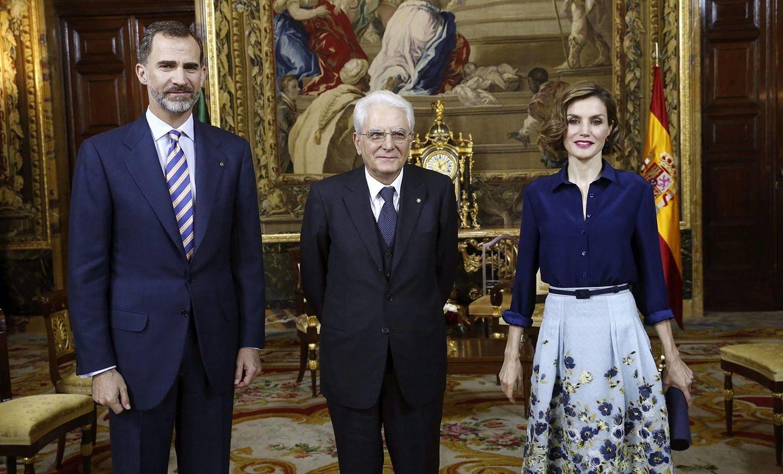 Foto: Los Reyes junto al presidente de Italia (Efe)