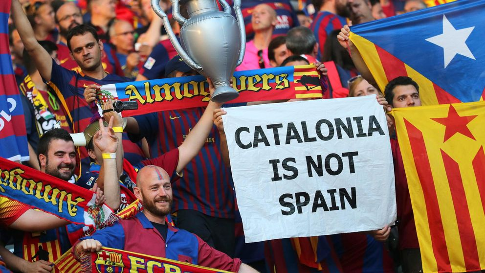 La UEFA expedienta al Barça por las banderas esteladas en la final de Berlín
