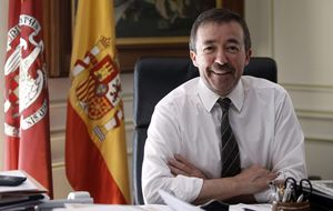 Elecciones en la UCM: Carrillo se une a Podemos para salir reelegido