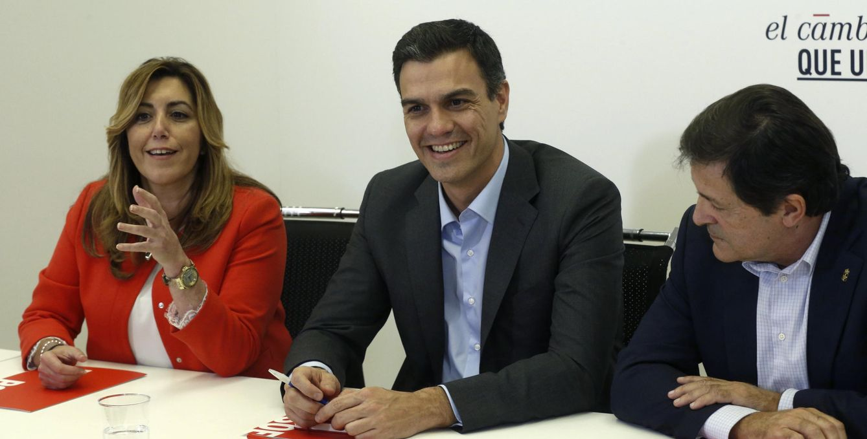 Susana Díaz, Pedro Sánchez y Javier Fernández, el pasado 11 de noviembre en Ferraz. (EFE)