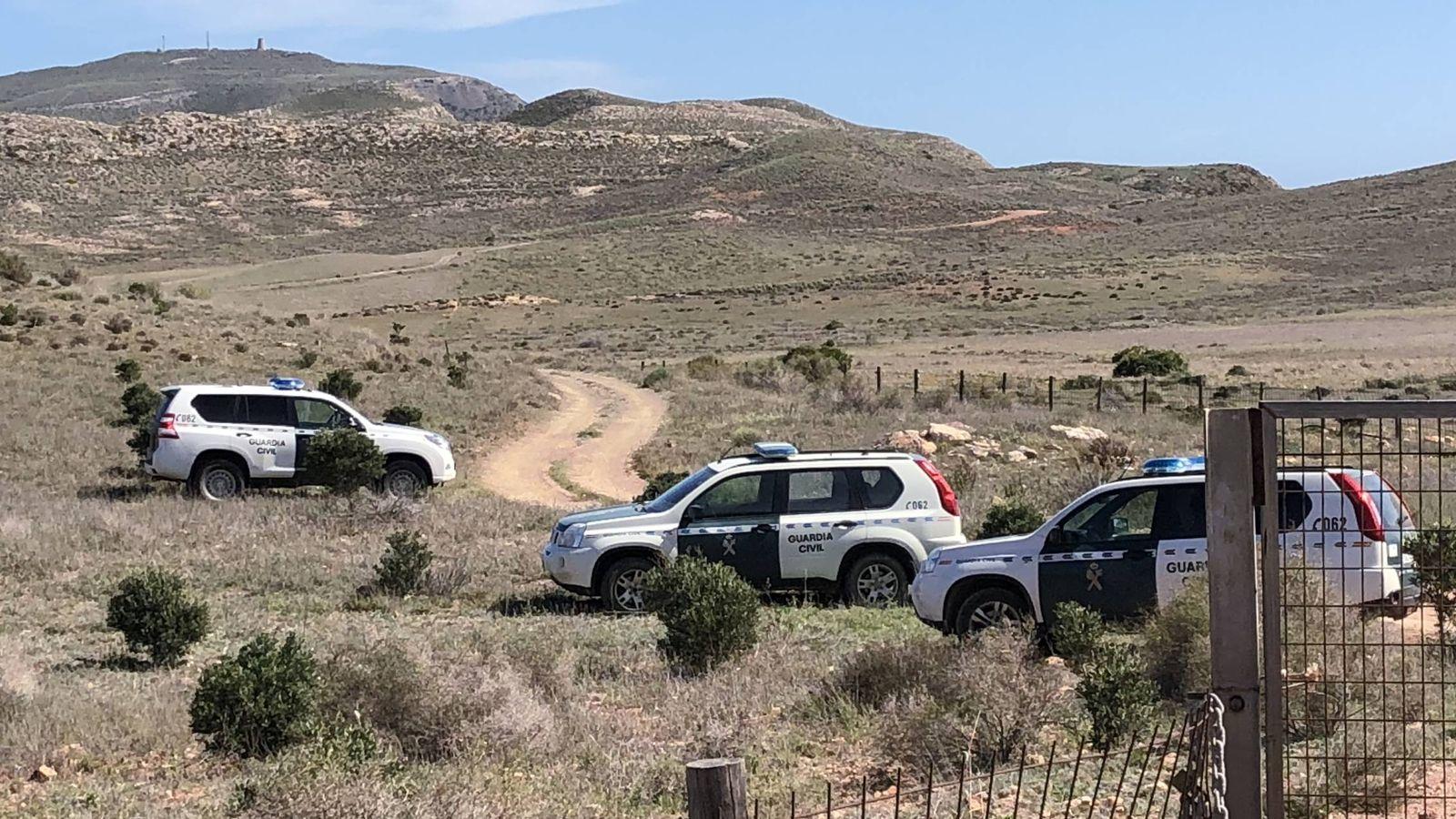 Foto: La Guardia Civil registra la finca donde habría sido enterrado Gabriel. (AR)