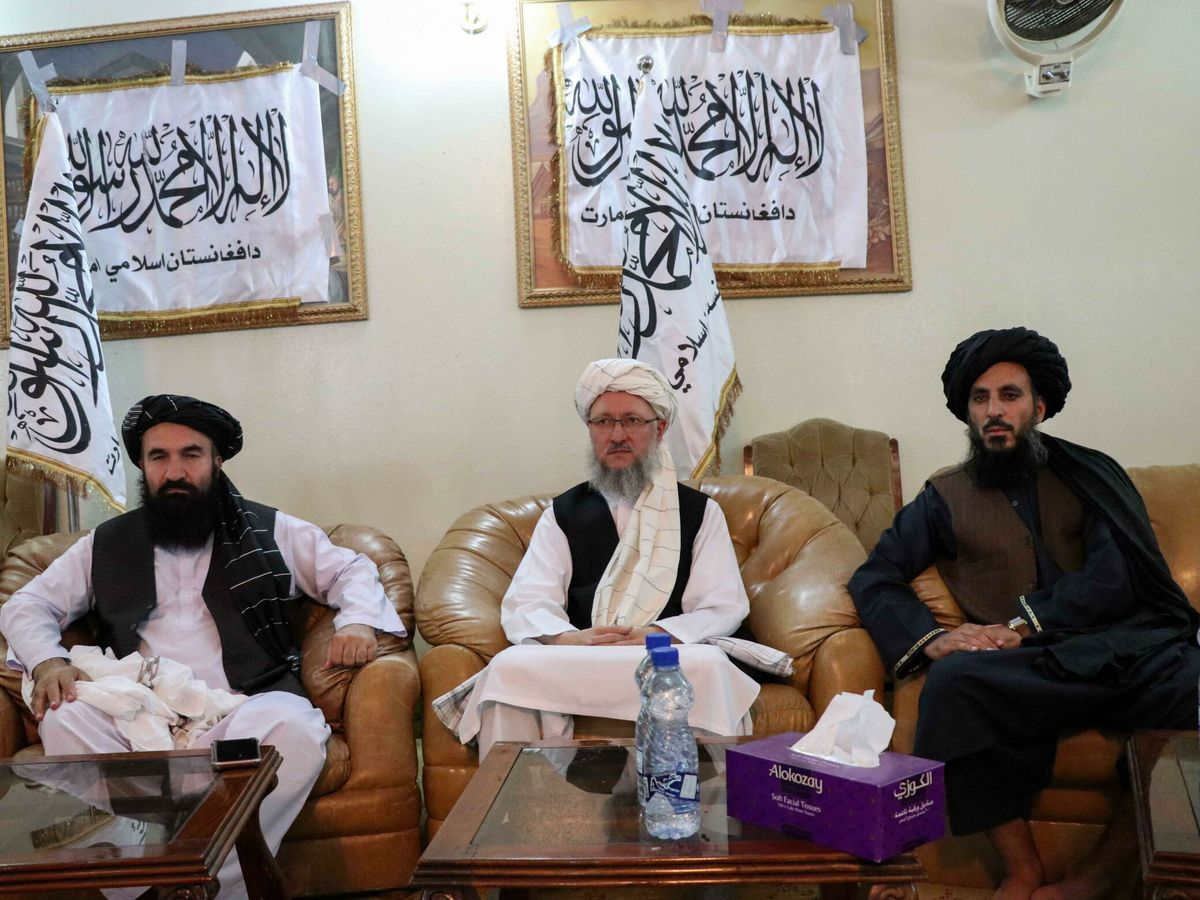 Foto: Rueda de prensa de los líderes talibanes desde Kandahar. (EFE)