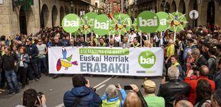 Post de Bilbao ensalza y aborrece la Constitución con dos actos a la vez separados por 2 kilómetros