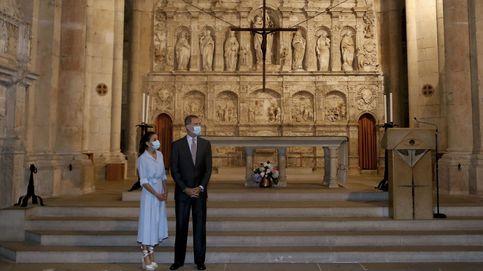 Un mensaje bilingüe y el 'Bella Ciao' marcan la visita de los Reyes a Cataluña