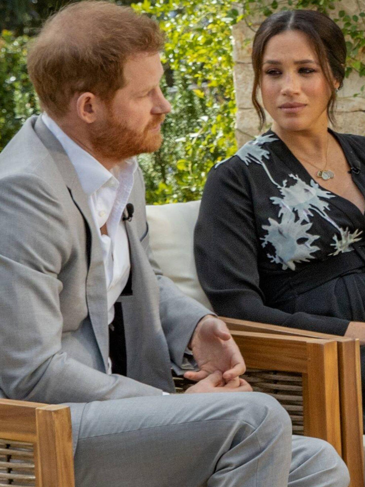Harry y Meghan, durante su entrevista con Oprah. (CBS)
