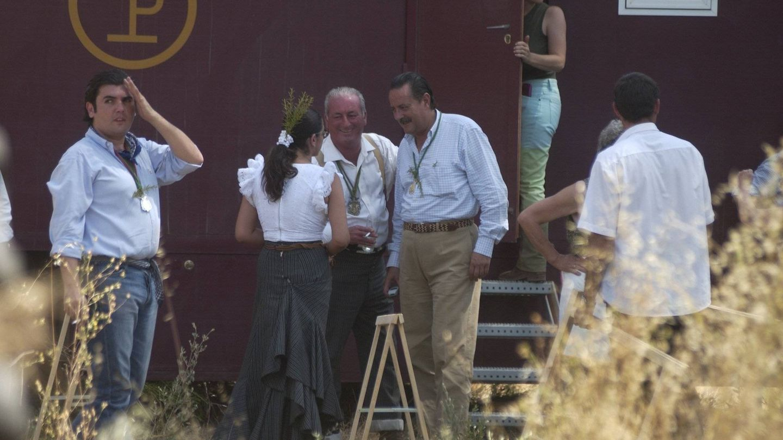 Isabel Pantoja y Julián Muñoz, juntos en El Rocío. (Cordon Press)