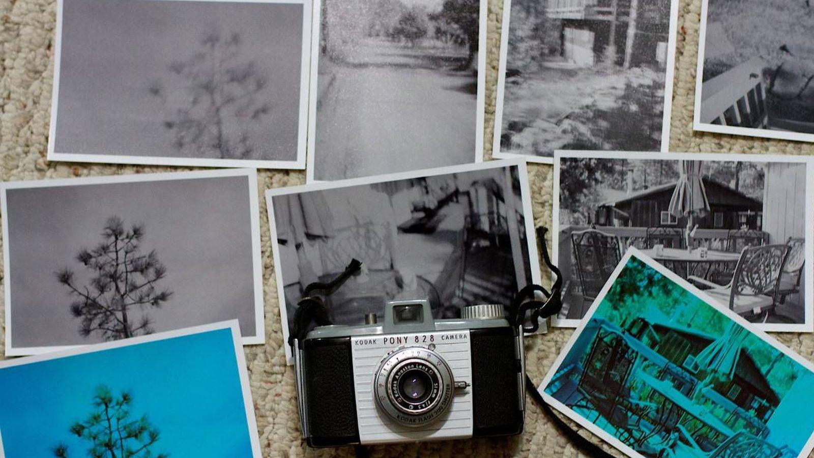 """Foto: Kodak alcanzó la fama al simplificar el proceso de la toma de fotografías: """"Usted aprieta el botón, nosotros hacemos el resto"""" (Pxhere)"""