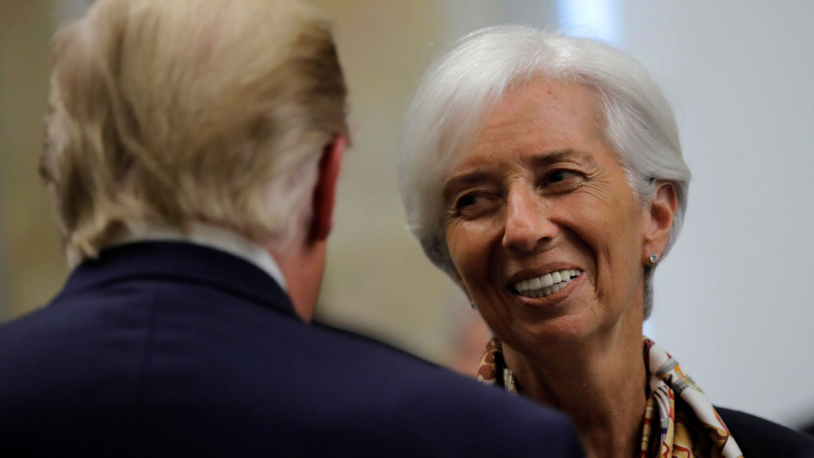 Foto: La próxima presidenta del BCE, Christine Lagarde, charla con Donald Trump en Washiington. (Reuters)